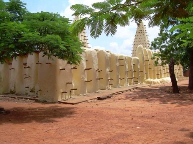 La moschea di Bobo Dioulasso