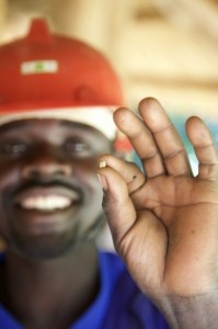 Oro «equo e solidale» in Uganda © Fairtrade Foundation