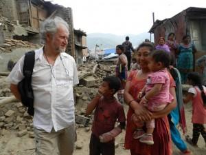 Pierangelo Fabbri sui luoghi del disastro per portare aiuto alle popolazioni terremotate.