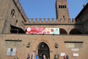 Facciata del Palazzo Re Enzo